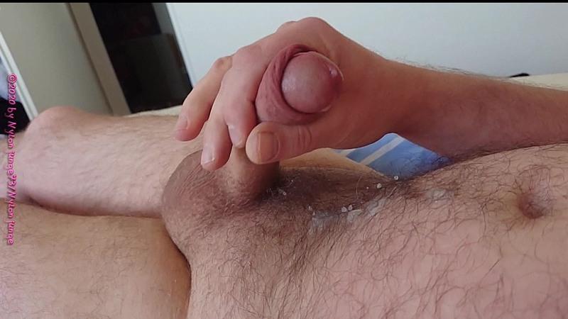 WIchsen und Abspritzen ** Zeitlupe ** Gay Download Bild